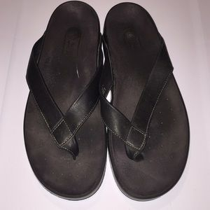 Rockport Shoes - Rockport men's Black flip flops size 13